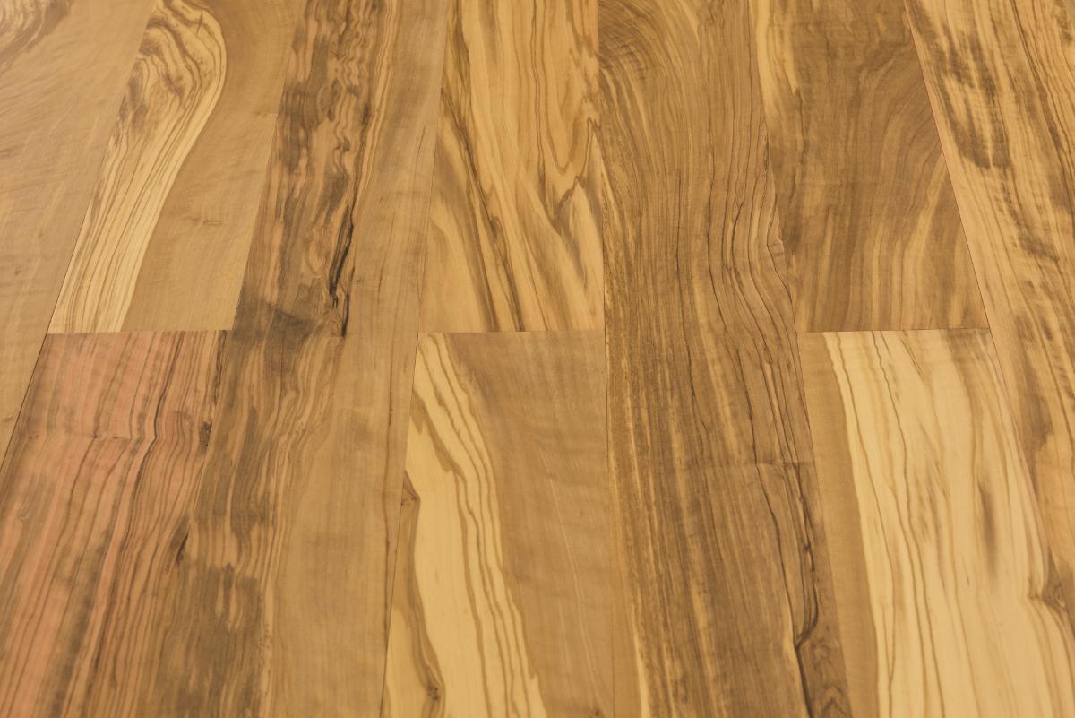 Olive Wood Flooring I Motus Legno